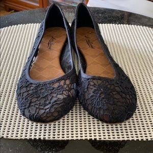Lucky Brand black lace size 11 ballet flats